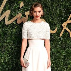 Arizona Muse chose De Beers diamond jewellery for the British Fashion Awards