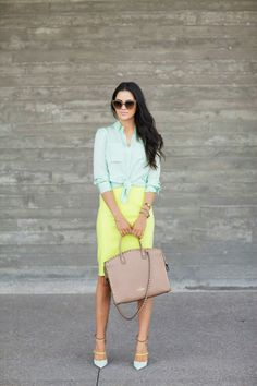 How to Chic: FASHION BLOGGER STYLE - PINK PEONIES