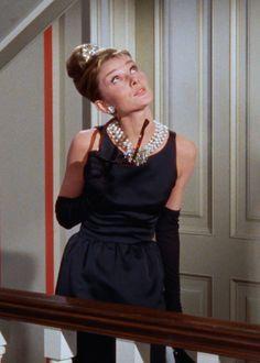 "Audrey Hepburn in ""Breakfast at Tiffany's"", 1961 Audrey Hepburn Movies, Audrey Hepburn Born, Audrey Hepburn Breakfast At Tiffanys, George Peppard, Prada, 1940s Fashion, Film Fashion, Fashion Collage, Estilo Retro"
