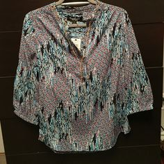 Brand new with tags colorful blouse Brand new with tags. Colorful blouse with gold chain detail around the neck. The pictures do not do this top justice. It's super cute! Gloria Vanderbilt Tops Blouses