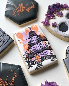 Postres Halloween, Halloween Sweets, Halloween Baking, Halloween Queen, Halloween Cupcakes, Halloween Themes, Halloween Parties, Fall Cookies, Cute Cookies