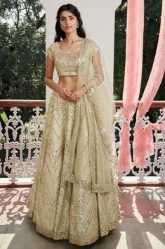 Buy beautiful Designer fully custom made bridal lehenga choli and party wear lehenga choli on Beautiful Latest Designs available in all comfortable price range.Buy Designer Collection Online : Call/ WhatsApp us on : Designer Bridal Lehenga, Bridal Lehenga Choli, Designer Lehanga, Lehenga Designs, Indian Dresses, Indian Outfits, Indian Clothes, Food Design, Bridal Lehenga Collection