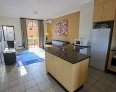 Situated in the heart of Sandton and less than 10 minutes' drive from Nelson Mandela Square, Executive Suites Grayston Dr. Executive Suites, One Bedroom, Times Square, Strong, Home Decor, Decoration Home, Room Decor, Home Interior Design, Home Decoration