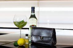 martini bianco minze strenesse clutch #aperitifmoment #martinitonic #playwithtime