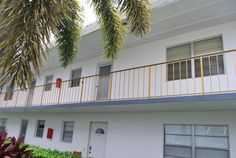121 Plymouth O, West Palm Beach FL: 2 bedroom, 2 bathroom Condo residence built in 1972.  See photos and more homes for sale at https://www.ziprealty.com/property/121-PLYMOUTH-O-WEST-PALM-BEACH-FL-33417/90600623/detail?utm_source=pinterest&utm_medium=social&utm_content=home