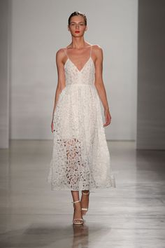 Amsale Wedding Dresses Fall 2016 Bridal Collection, wedding ideas, wedding-inspiration, bridal gown