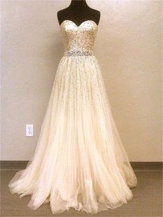Sparkling Gold Gown - McK, I actually am pinning this for Taylor, haha. But, it does have nice shape