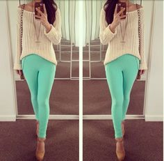 White and turquoise pants outfit. Love it. Turquoise is my favorite color.