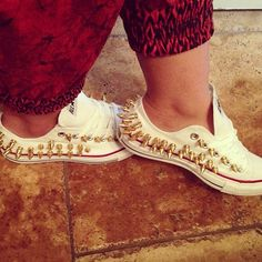Converse, spikes