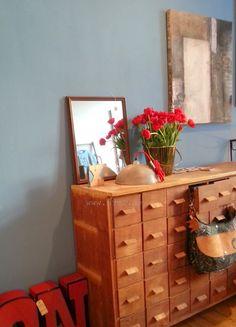 Vintage Furniture, ApothekerSchrank, Schubladenschrank, Styling, Interior, red, rot
