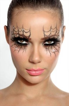 Spider Web Halloween Make-up. the oppisite of Cinderella, Spiderella make up ; Beautiful Halloween Makeup, Halloween Eye Makeup, Halloween Eyes, Diy Halloween Costumes, Easy Halloween, Halloween Clothes, Costume Ideas, Halloween Parties, Halloween Pictures