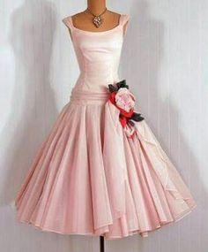 9de062cc406 Diesen wunderschönen Kleidern Quelle  Etsy. Sie sind alle ein Traum. Die  Weissen sind Original