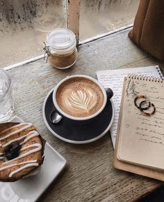 Great ways to make authentic Italian coffee and understand the Italian culture of espresso cappuccino and more! But First Coffee, I Love Coffee, Best Coffee, Coffee Break, Morning Coffee, Frappuccino, Frappe, Coffee Photos, Coffee Pictures
