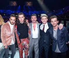 Harry Styles Says One Direction Members Still Together; Niall Horan Wishes 'Happy Birthday' to Liam Payne