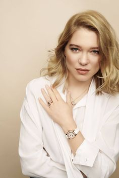 Lea Seydoux - Global Ambassador for Chopard - Photoshoot by Benoit Peverelli - Hot Celebrity Photos Lea Seydoux James Bond, Daniel Craig James Bond, Blue Is The Warmest Colour, Bond Girls, French Beauty, French Actress, Vintage Beauty, Hollywood Actresses, Gorgeous Women