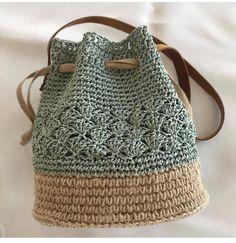 Trendy Sewing Bags And Purses Patterns Free Crochet Ideas Crochet Pouch, Crochet Diy, Crochet Crafts, Hand Crochet, Crochet Bags, Crochet Baskets, Crochet Ideas, Crochet Clothes, Crochet Projects