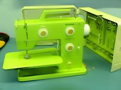 Lime green vintage bernina sewing machine!
