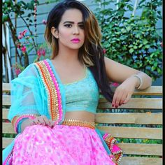 Roopi Gill Hd New Images And Wallpapers 2018 Indian Engagement Outfit, Engagement Outfits, Punjabi Girls, Pakistani Girl, Hair Color For Black Hair, Brown Hair Colors, Denmark Girls, Punjabi Models, Punjabi Actress