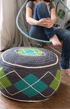 Argyle Bean Bag Ottoman / Pouf - Crochet Pattern We love to crochet around bean bag chairs.this time we've turned the bean bag into an ottoman / pouf! I, Dana, designed this ottoman for RedHeart. Crochet Home Decor, Crochet Crafts, Yarn Crafts, Crochet Projects, Decor Crafts, Paper Crafts, Diy Crafts, Crochet Cushions, Crochet Pillow