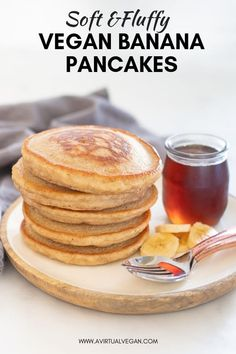 The Best Vegan Banana Pancakes Vegan pancakes with banana. Vegan recipes for sweets and desserts. Vegan pancakes with banana. Vegan recipes for sweets and desserts. Vegan Banana Pancakes, Vegan Pancake Recipes, Vegan Foods, Breakfast Pancakes, Simple Banana Pancakes, Banana Breakfast Recipes, Fluffy Pancakes, Gluten Free Vegan Pancakes, Banana Recipes Vegan