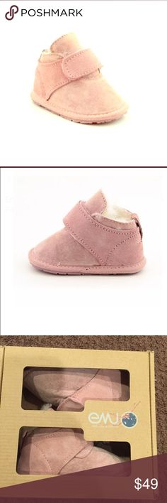 EMU PINK HYKE BOOTS SIZE 18-24 months Size 18-24 months Brand & Style - Emu Australia Hyke Width - Medium True Color - Pink Upper Material - Regular Suede Outsole Material - Man-Made Country of Origin: Switzerland. Preowned Emu Shoes Boots