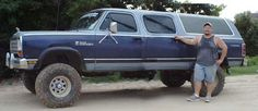 Love the old school Dodge Ram Charger Dodge Ram Power Wagon, Dodge Wagon, Old Dodge Trucks, Vintage Pickup Trucks, Dodge Pickup, Dodge Cummins, Cool Trucks, Big Trucks, Ram Cars