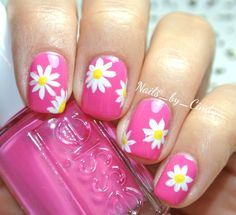 PINK Daisy Nails - pretty Summer Nail Art - Fresh color for Manicure