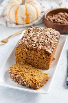 Almond & Maple Pumpkin Bread // vegan, dairy-free, egg-free, easy, healthy