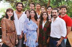Turkish Men, Turkish Beauty, Turkish Actors, Cute Dog Wallpaper, Drama Tv Series, Dirty Dancing, Film Aesthetic, Best Series, Celebs