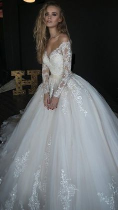 Elegant White Lace Wedding Dress,Off The Shoulder Bridal Dress,Lace Tulle High Quality Wedding Dress