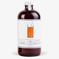 Handmade from natural ingredients, our Tonic Maison blends perfectly with your gin cocktails. Cool Packaging, Beverage Packaging, Bottle Packaging, Tonic Syrup, Vodka Tonic, Alchemist Cocktails, Perfect Gin And Tonic, Best Gin Cocktails, Tonic Water