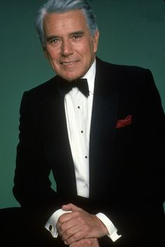 John Forsythe Stage, television and film actor John Forsythe has died at the age of According to his publicist Harlan. Hollywood Fashion, Classic Hollywood, John Forsythe, Der Denver Clan, Dynasty Clothing, Celebrities Then And Now, Burt Reynolds, Actor John, Old Tv Shows