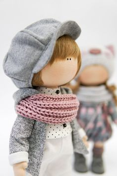 Some Tips, Tricks, And Techniques To The Perfect fabric dolls Crochet Doll Clothes, Sewing Dolls, Knitted Dolls, Doll Clothes Patterns, Fabric Toys, Fabric Crafts, Fabric Doll Pattern, Waldorf Dolls, Boy Doll