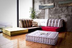 Sofá compuesto por cojines grandes de LOOK&CUSION por DaWanda.com