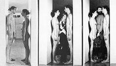 """MARINA ABRAMOVIC """"Imponderabilia"""" (1977) Ulay y Abramovic se colocan totalmente desnudos en el marco de la puerta de acceso a la galería de arte forzando a todo visitante que quiera entrar a pasar entre sus cuerpos. Una de las ideas de la performance consistía en ver en que dirección entraba cada sujeto, si encarándose al sujeto femenino o al masculino."""