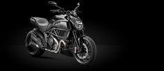 Os apaixonados pela velocidade e tecnologia podem comemorar com a Ducati. O prêmio Moto de Ouro, na noite do dia 06 de junho, em São Paulo, revelou que a Ducati Diavel foi eleita como a melhor Naked por voto popular.     A Ducati Diavel nasceu pela paixão por motociclismo e projetada para...