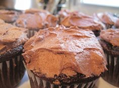 Chocolate banana cupcakes with chocolate frosting (dairy, egg, soy and nut free)