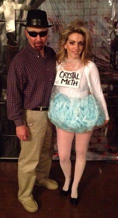 Great Pic Make Walter White Breaking Bad costume yourself maskerix.de Concepts Make Walter White Breaking Bad costume yourself Costume idea for carnival, Halloween & carnival Breaking Bad Halloween Costume, Easy Couple Halloween Costumes, Easy Couples Costumes, Hallowen Costume, Halloween Costume Contest, Halloween Carnival, Halloween Halloween, Breaking Bad Kostüm, Walter White Costume