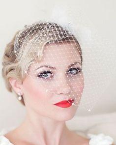 voile classique pour nouvelle mariée + maquillage rétro