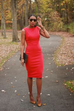 Beaute' J'adore: DIY red dress. Link to pattern page. Used a ponte fabric and zip