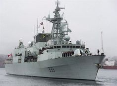 Canadian warship HMCS Toronto buzzed by Russian fighter jets during NATO military exercise in Black Sea Russian Fighter Jets, Royal Canadian Navy, Man Of War, Arabian Sea, Armada, Navy Ships, Black Sea, Aircraft Carrier, Battleship