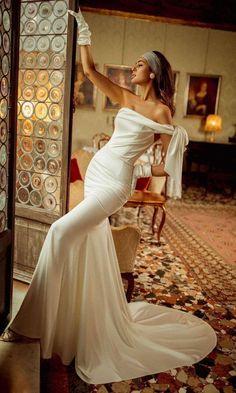 Classy Wedding Dress, 2015 Wedding Dresses, Lace Wedding Dress, Elegant Wedding, Bridal Dresses, One Shoulder Wedding Dress, Wedding Gowns, Modern Wedding Dresses, Tulle Wedding