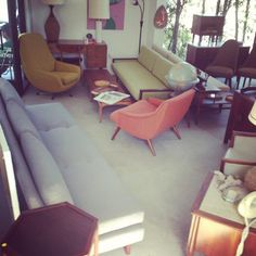 Mid Century Modern Furniture Display At Our Old Location In San Diego.  #eames #daybed #vintage #homedecor #livingroom  Https://www.facebook.com/Nestu2026