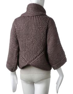 This Pin was discovered by Фил Creative Knitting, Easy Knitting, Knitting Stitches, Knitted Coat, Knit Fashion, Knit Jacket, Knitwear, Knitting Patterns, Knit Crochet