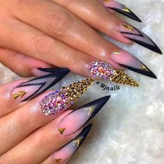 Classy French Matte Pointed Nails Nails Art ❤️Fantabulous Pointy Nails D Coffin Nails Matte, Stiletto Nail Art, Best Acrylic Nails, Acrylic Nail Designs, Nail Art Designs, Bling Nails, Diy Nails, Cute Nails, French Nails