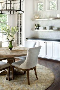 Kies voor sterke vormen Stoere meubels, sterke vormen, ruwe materialen: ze maken indruk in je interieur. Een kwestie van denken en gewoon du...