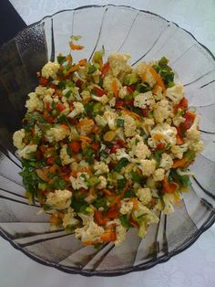 Cauliflower Salad - Samantha Home Turkish Salad, Turkish Recipes, Ethnic Recipes, Cauliflower Salad, Cauliflower Recipes, Roasted Cauliflower, Cold Appetizers, Cowboy Caviar, Cooking Recipes