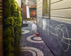 Mission Accomplished: A Modern Mosaic Garden in SF, by Monica Viarengo: Gardenista