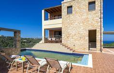 3 Bedrooms, 4 Bathrooms, 2km from the Beach, Sea View, Famous Area of Agia MarinaMargarita Villa in Pano Stalos, Agia Marina Area, Chania Crete.Margarita Villa