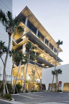 herzog & de meuron. Miami car park. Floated concrete plates.